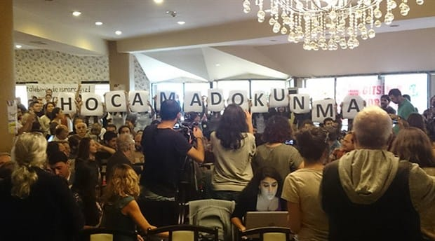 """""""Do Not Touch My Professor"""": the inauguration of Kocaeli Academy for Solidarity"""