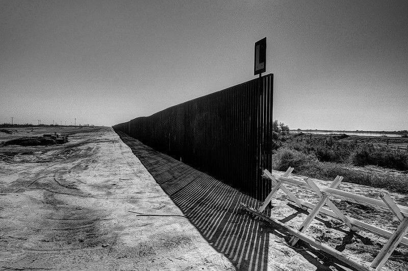 Bisson, fence
